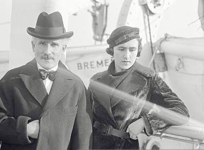 Wanda Toscanini en haar vader Arturo Toscanini net gearriveerd in New-York op 23 februari 1933. (Foto: Gettyimages, Bettmann)
